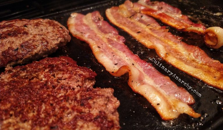 The Lodge Cast Iron Grill/Griddle